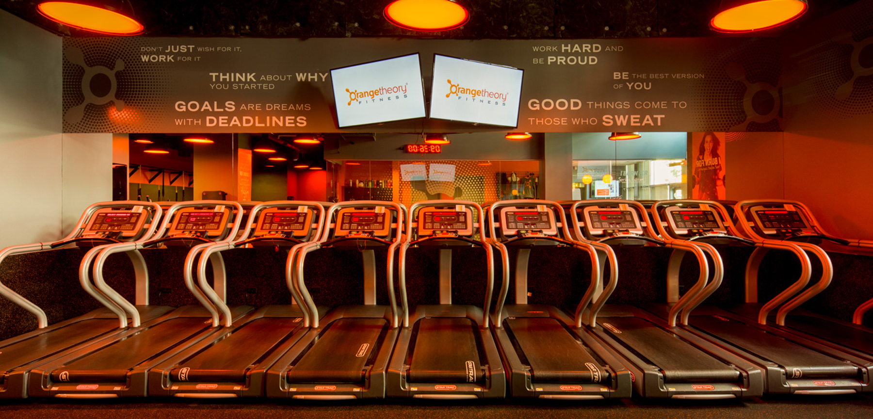 Orangetheory fitness treadmill area