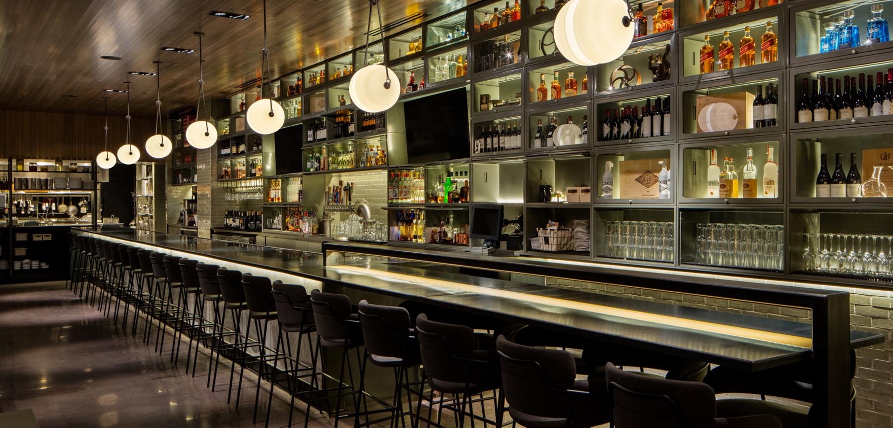 Tstreet Roadhouse bar