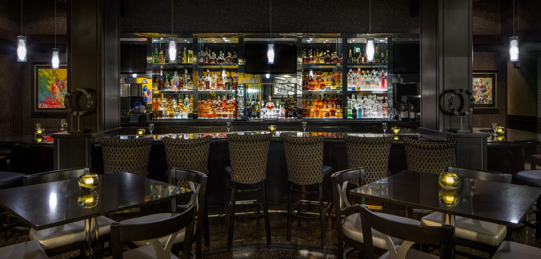Morton's The Steakhouse in Denver - bar area