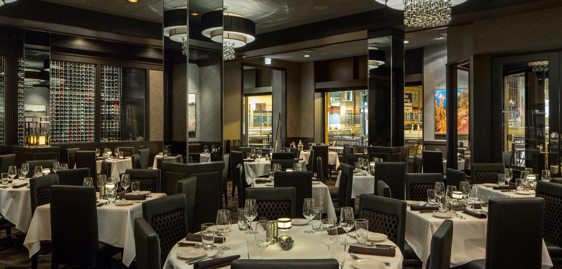 Morton's The Steakhouse in Denver - dining area