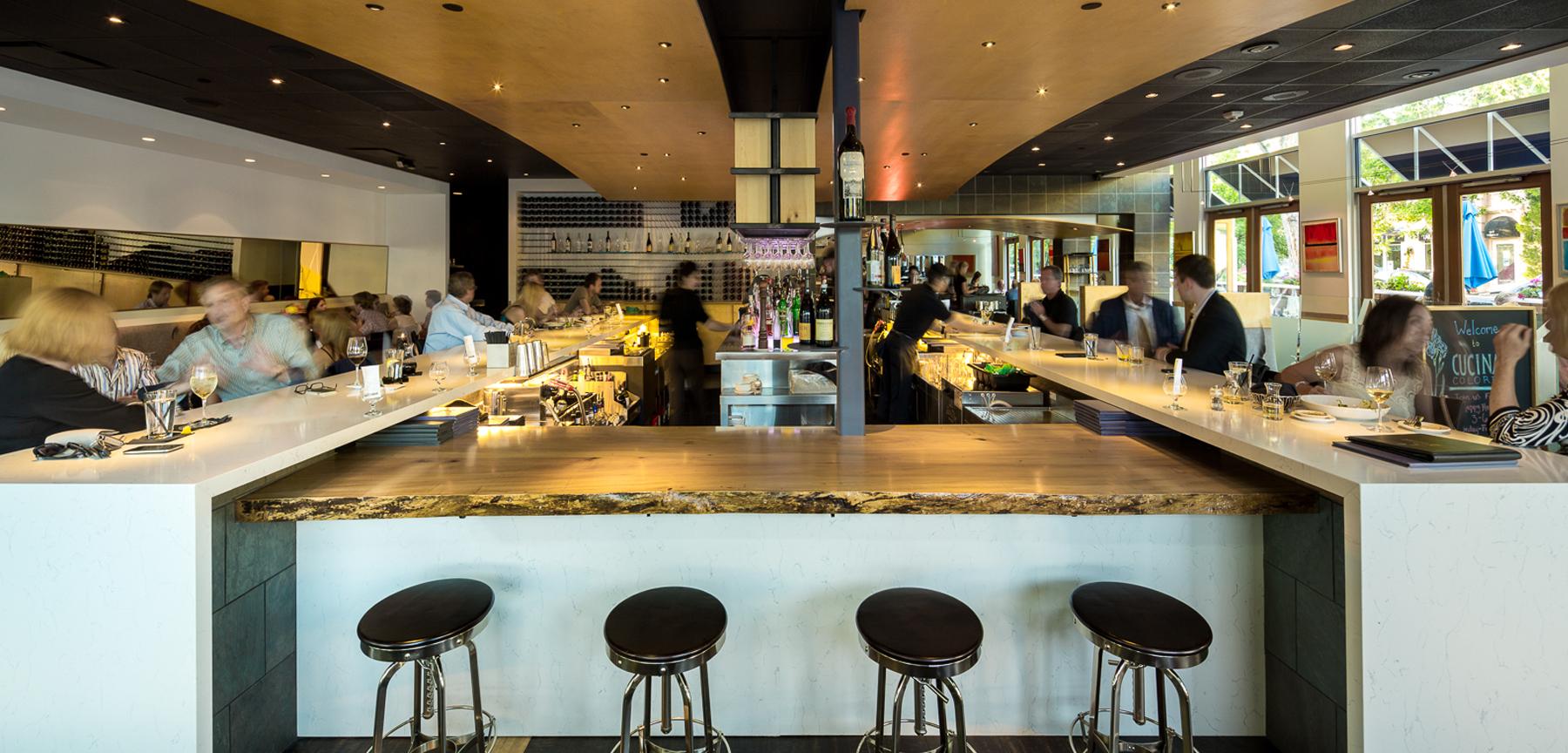 Cucina Colore restaurant bar area