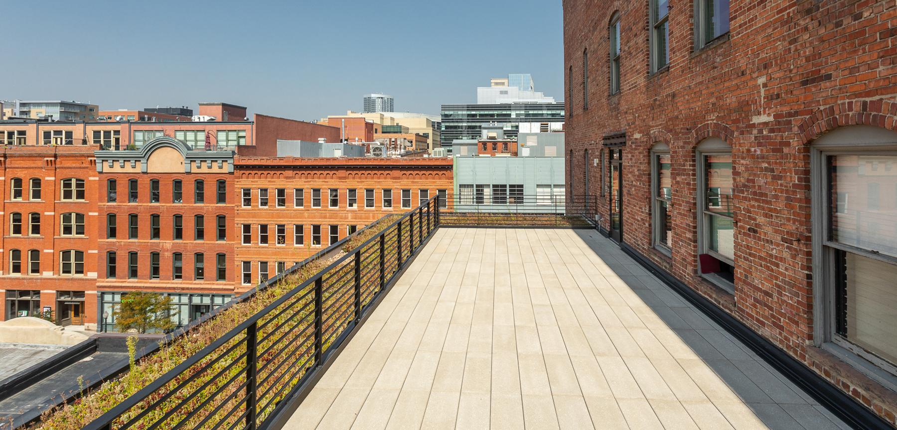 SugarSquare green roof
